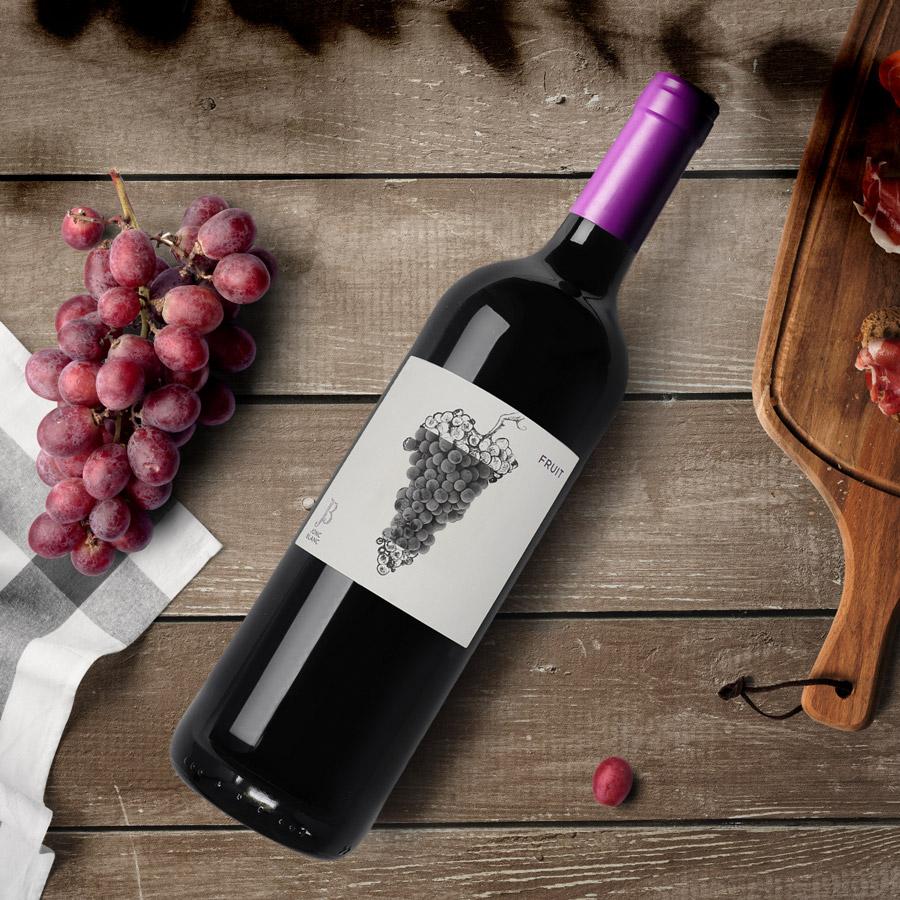 JONC BLANC, vin rouge Fruit, sans soufre ajouté. pic-nic France