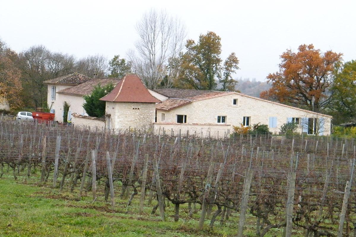 Gîte Jonc Blanc (Dordogne) : Maison en pierre dans les vignes biodynamie. calme, nature
