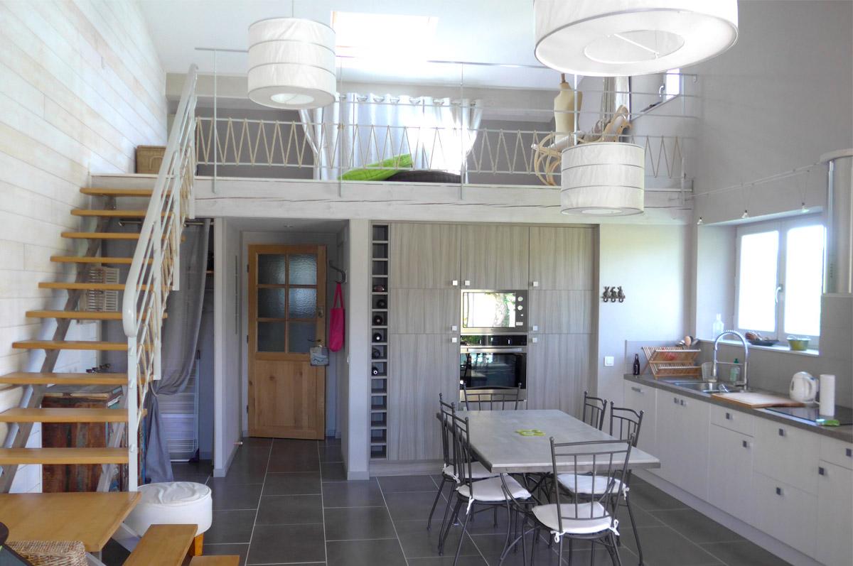 Gîte Jonc Blanc (Dordogne) : grande pièce à vivre