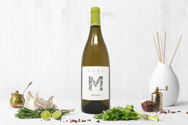"""PURE M, vin blanc chez JONCBLANC : Vinification : """"naturelle"""", levures indigènes, aucun intrant oenologique"""